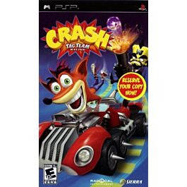 Crash Tag Team Racing essentials (PSP)